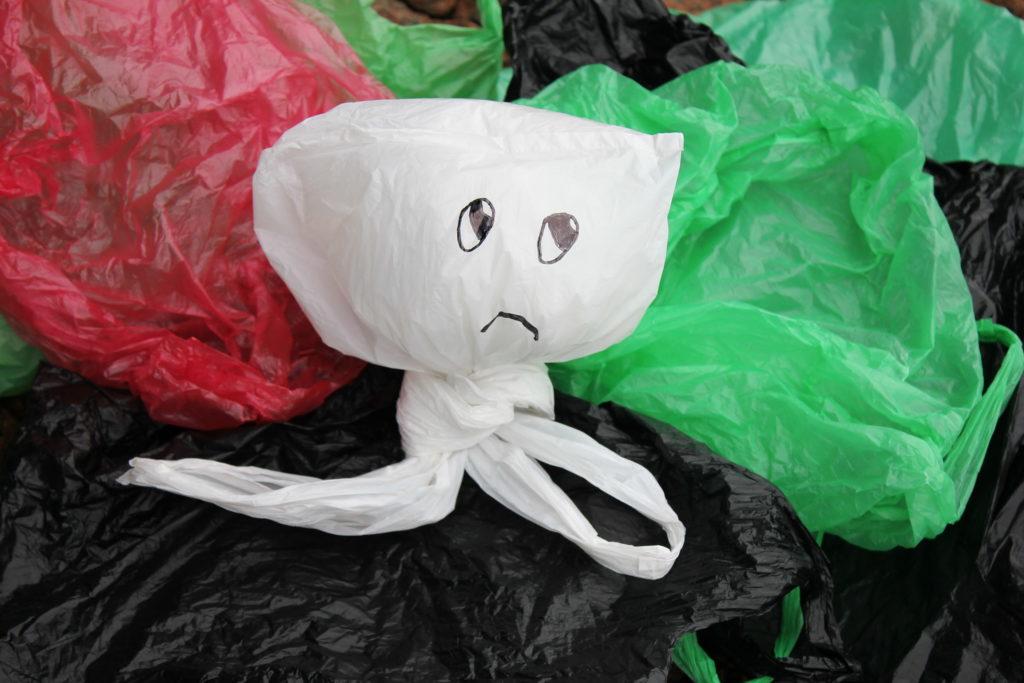 ビニール袋 プラスチックごみ